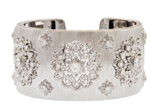 18 Karat White Gold and Diamond Cuff Bracelet by Buccellati, Italy