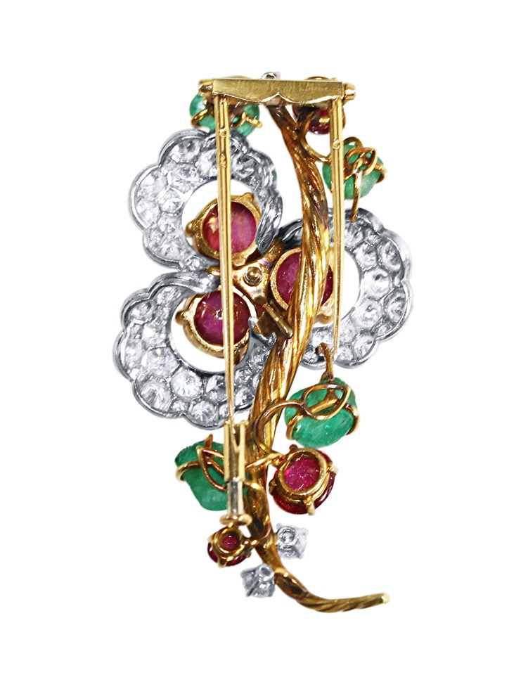 Suite of 18 Karat Gold, Platinum, Emerald, Ruby and Diamond Necklace, Brooch and Earclips by Mauboussin, Paris, 1962 to 1965 - Image #10