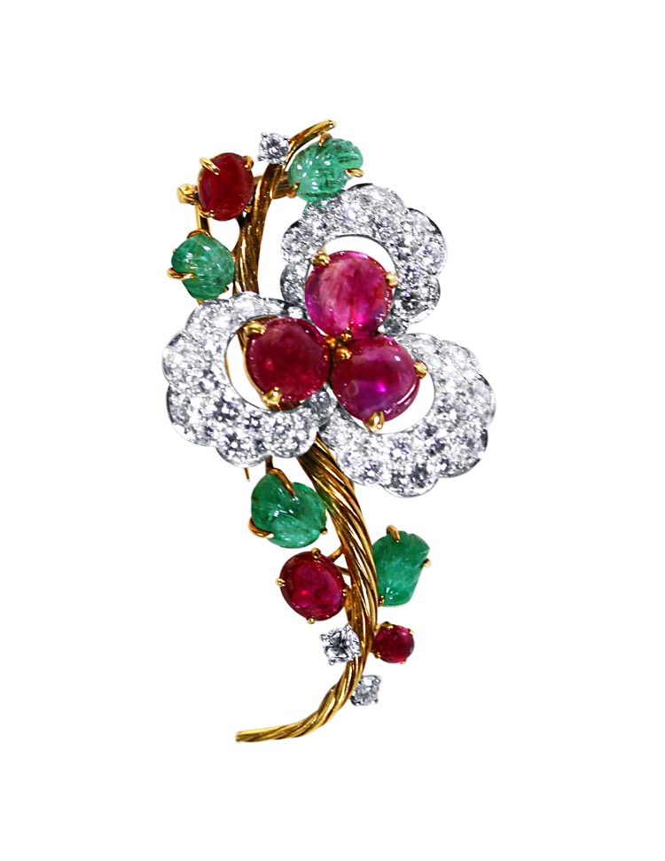 Suite of 18 Karat Gold, Platinum, Emerald, Ruby and Diamond Necklace, Brooch and Earclips by Mauboussin, Paris, 1962 to 1965 - Image #8