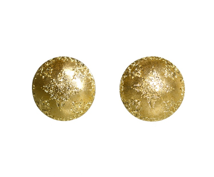 Pair of 18 Karat Gold Earclips by Mario Buccellati, circa 1960