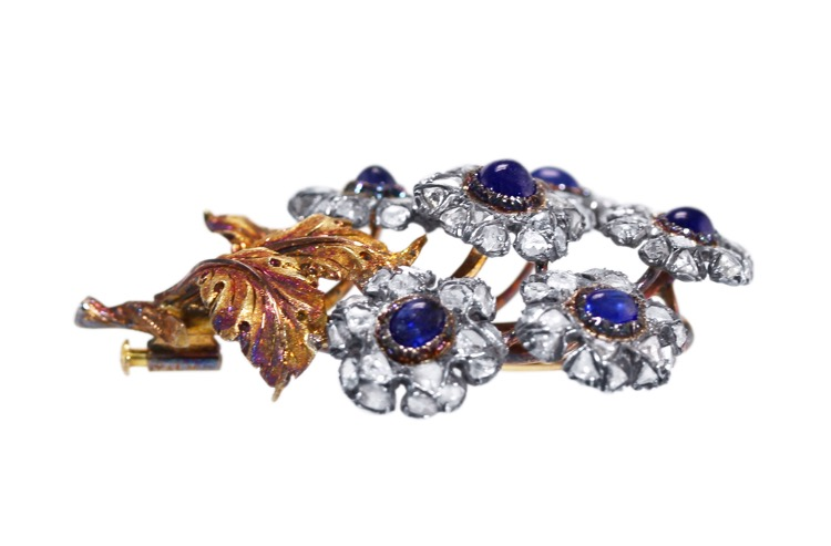 18 Karat Gold, Silver, Sapphire and Diamond Flower Brooch by Mario Buccellati, Italy, circa 1935 - Image #3