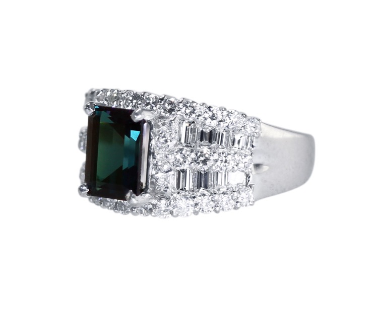 Platinum, Alexandrite and Diamond Ring - Image #3