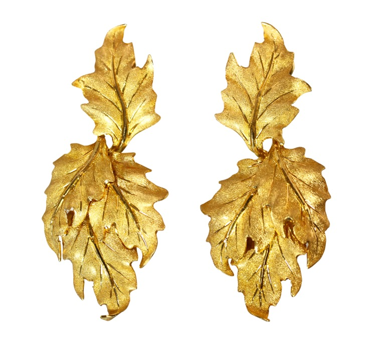 Pair of 18 Karat Gold Leaf Earclips by Buccellati, Italy