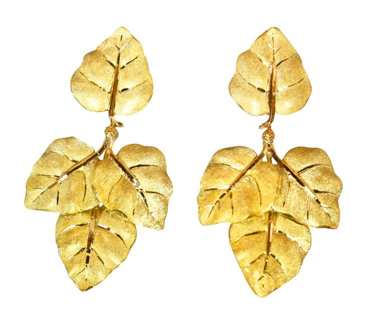 Pair of 18 Karat Gold Earclips by Buccellati, Italy