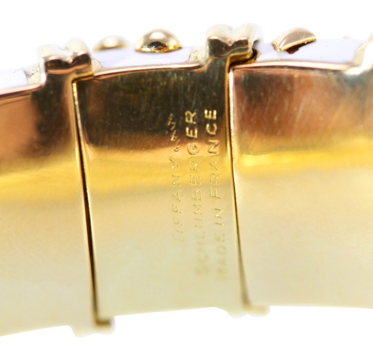 18 Karat Gold and White Enamel Bangle Bracelet by Schlumberger for Tiffany & Co., France - Image #5