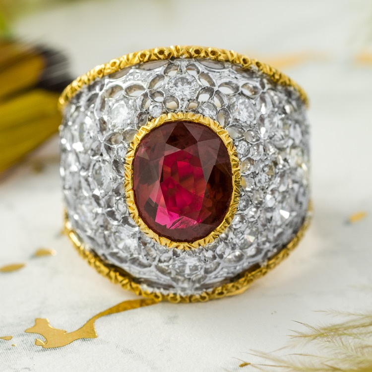 Buccellati Ruby and Diamond Ring, 18K Gold