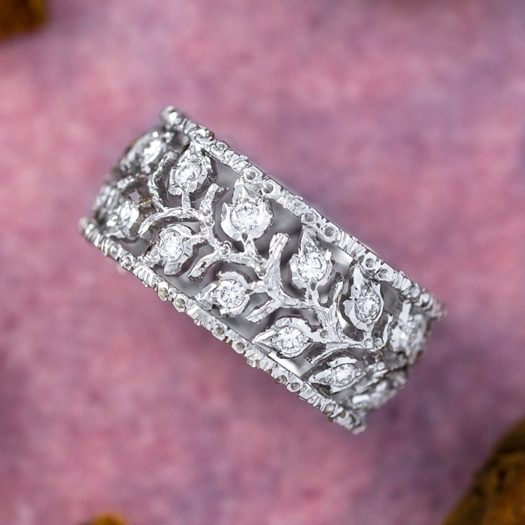 18 Karat White Gold and Diamond Ramage Eternelle Ring by Buccellati, Italy - Image #2