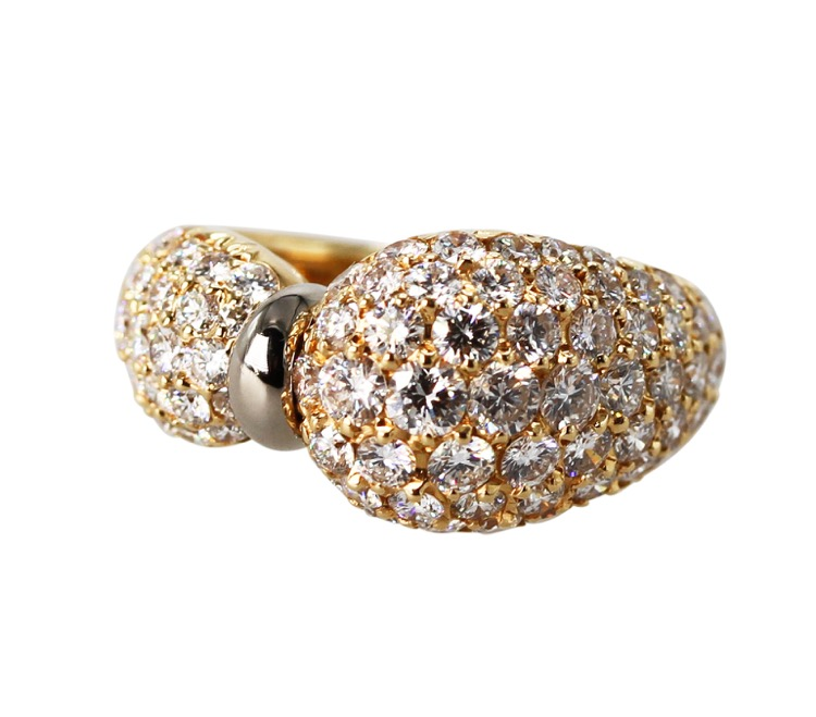 18 Karat Yellow Gold and Diamond Ring