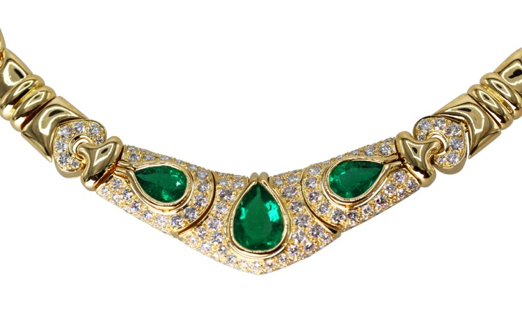 18 Karat Gold, Emerald and Diamond Necklace by Bulgari, Italy - Image #3