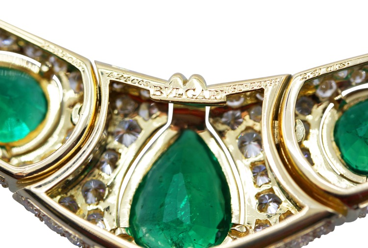 18 Karat Gold, Emerald and Diamond Necklace by Bulgari, Italy - Image #4