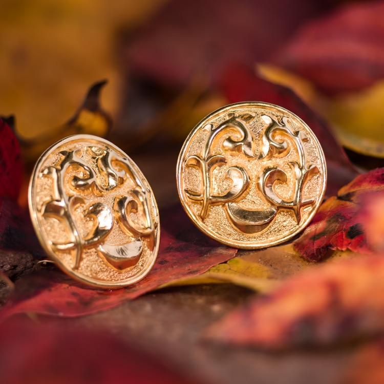 18 Karat Gold Earclips by Lalaounis