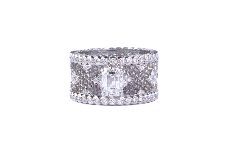 "18 Karat White Gold Diamond ""Tulle"" Ring by Buccellati"