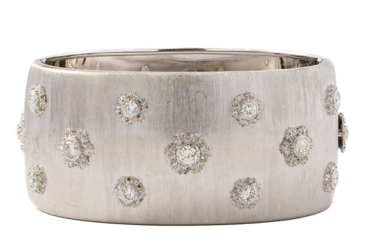 18 Karat White Gold Bangle Bracelet by Buccellati