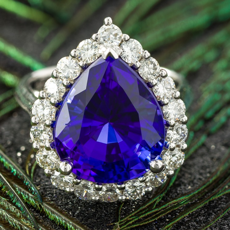 18 Karat White Gold Tanzanite Diamond Ring - Image #2