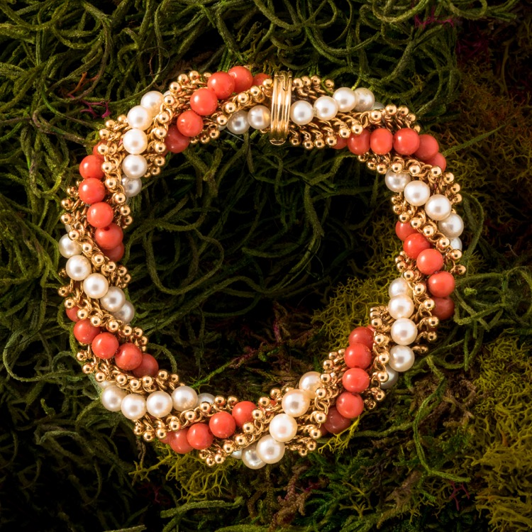 18 Karat Yellow Gold Coral and Pearl Bracelet by Van Cleef & Arpels, French
