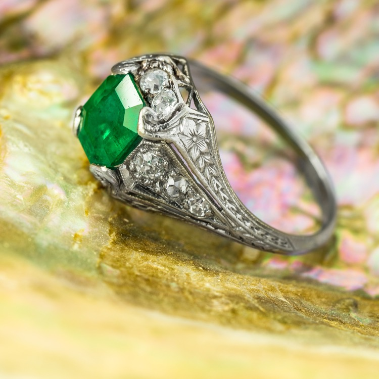 Art Deco Platinum Emerald Diamond Ring