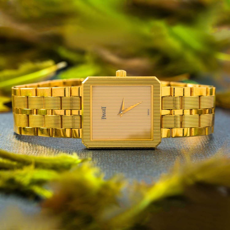 18 Karat Yellow Gold Piaget Protocole Watch