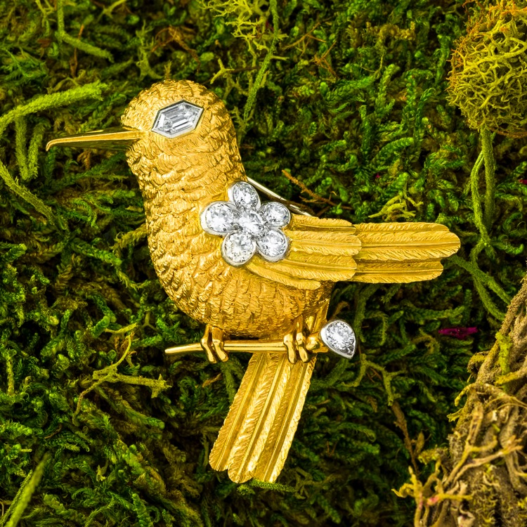 18 Karat Gold and Diamond Bird Brooch by Cartier, London, circa 1950
