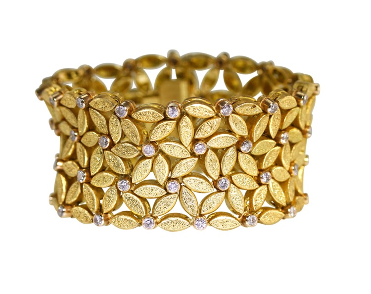 18 Karat Gold and Diamond Bracelet by Buccellati, Italy