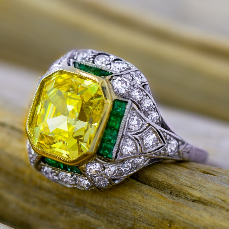 Art Deco Platinum Colored Diamond and Emerald Ring