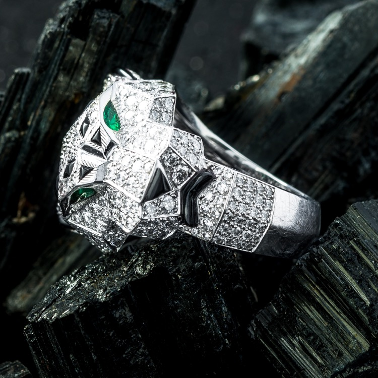 18 Karat White Gold Diamond, Emerald, Onyx Panther Ring by Cartier