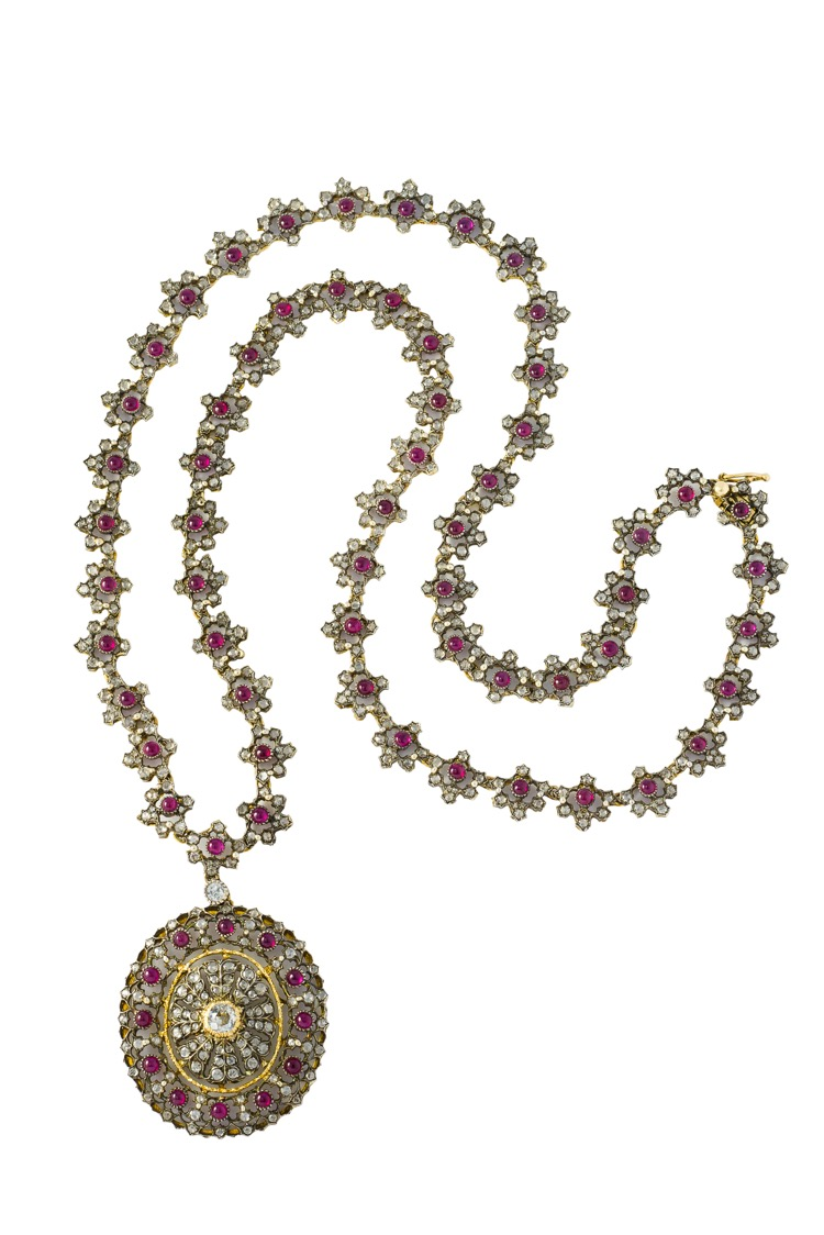18 Karat Yellow Gold and Silver Ruby Diamond Necklace by Buccellati, circa 1920