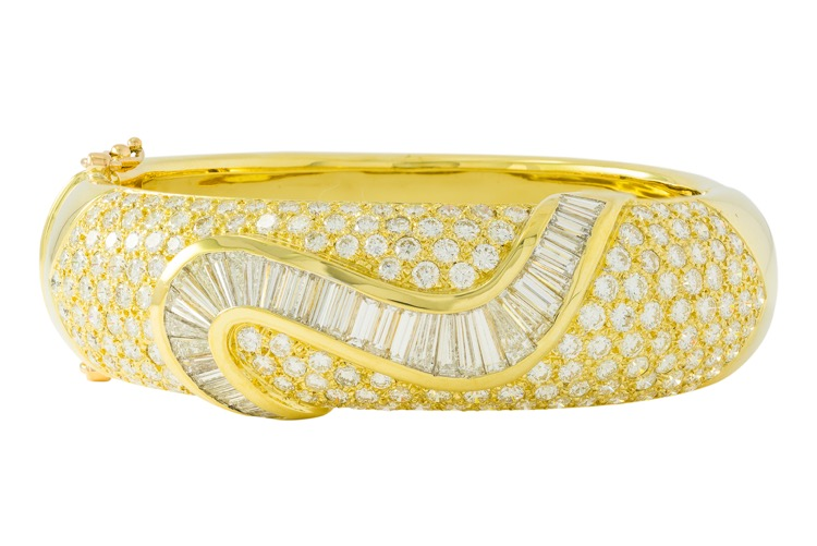 18 Karat Yellow Gold Diamond Bangle Bracelet - Image #1