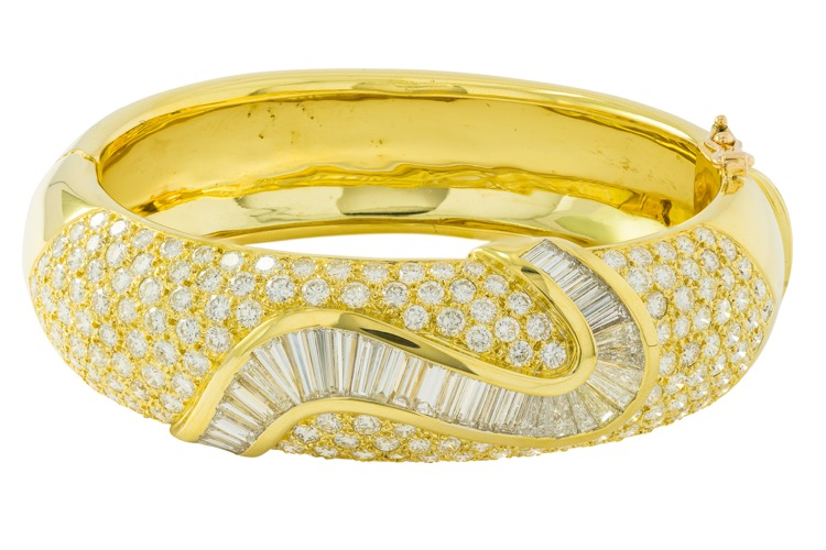 18 Karat Yellow Gold Diamond Bangle Bracelet - Image #3