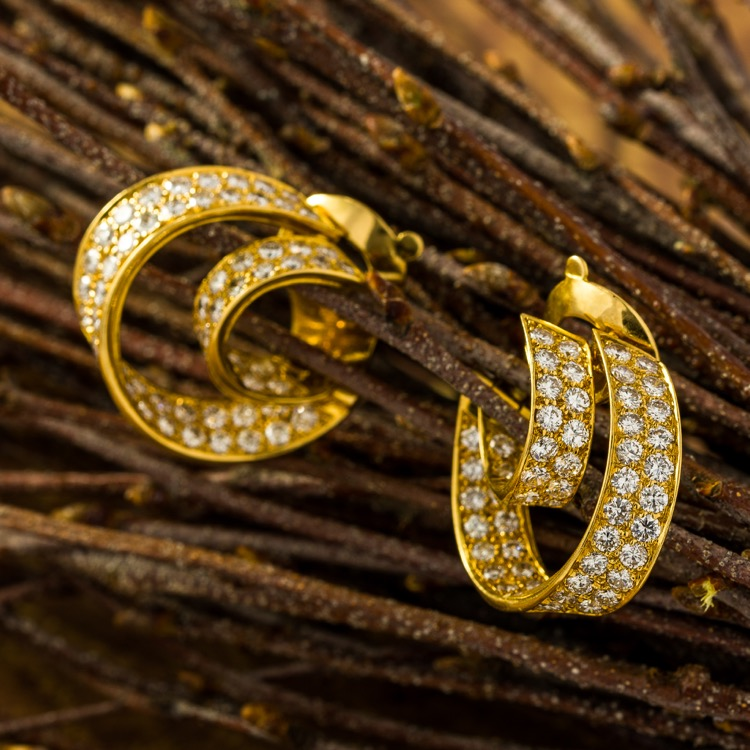 Van Cleef & Arpels Hoop Earrings, Diamond 18K Gold