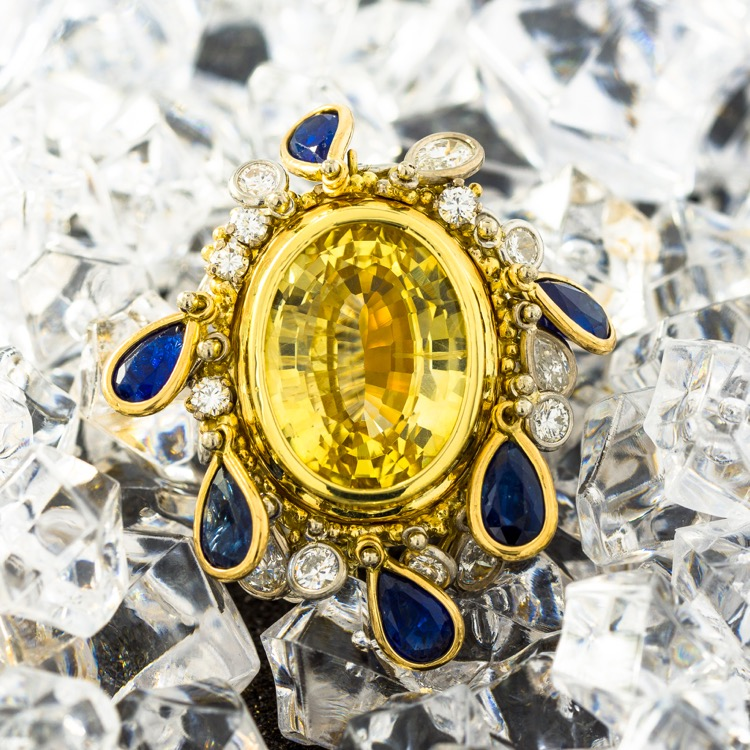 18 Karat Gold Yellow Sapphire (No Heat), Blue Sapphire, and Diamond Convertible Ring by Charles de Temple - Image #2