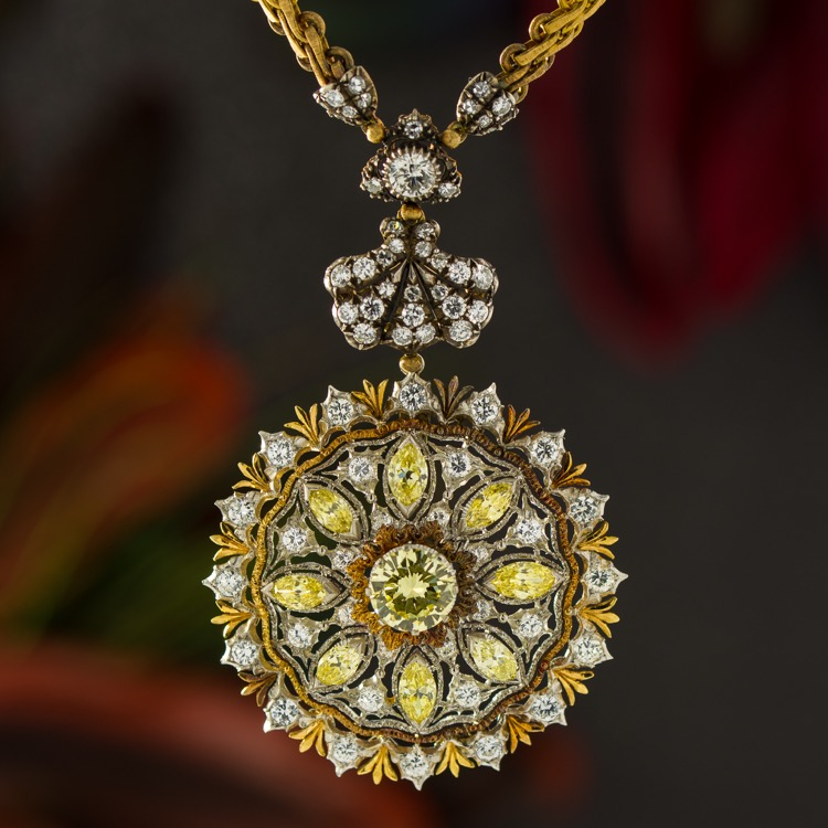 18 Karat Gold and Silver, Yellow and White Diamond Necklace by Buccellati