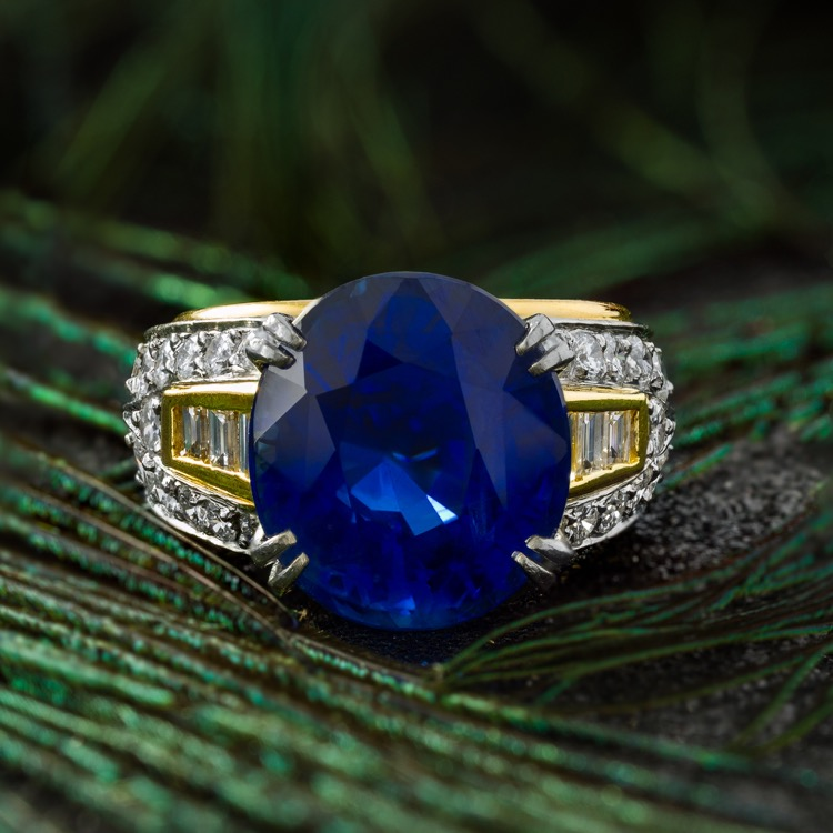 18 Karat Yellow and Platinum Sapphire Diamond Ring by Boris LeBeau, No Heat - Image #2
