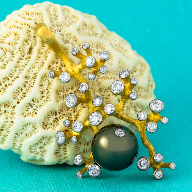 18 Karat Yellow Gold, Cultured Tahitian Pearl and Diamond Pendant