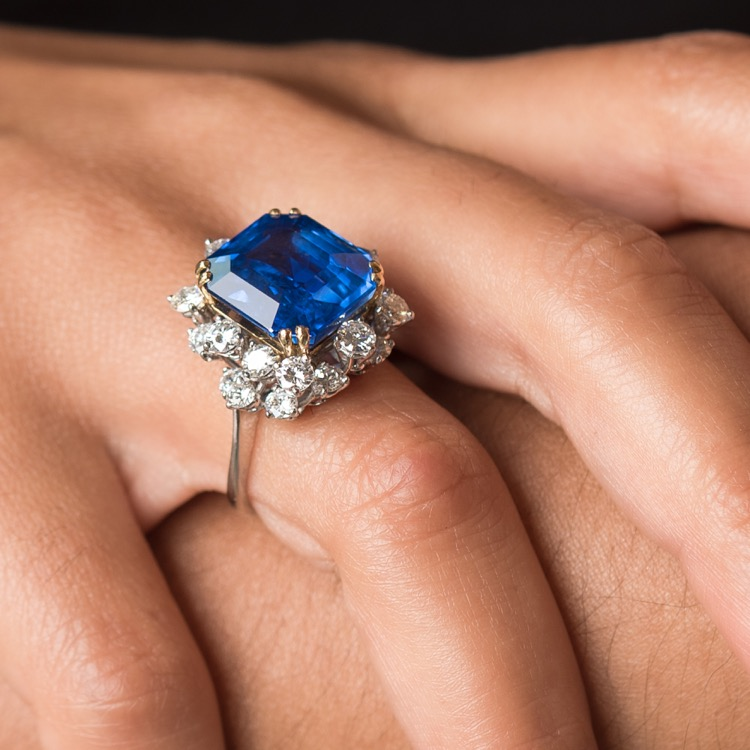 No Heat Ceylon Sapphire and Diamond Platinum Ring