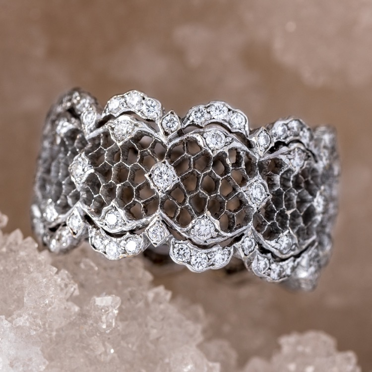 Buccellati Diamond Tulle Band, 18 Karat White Gold