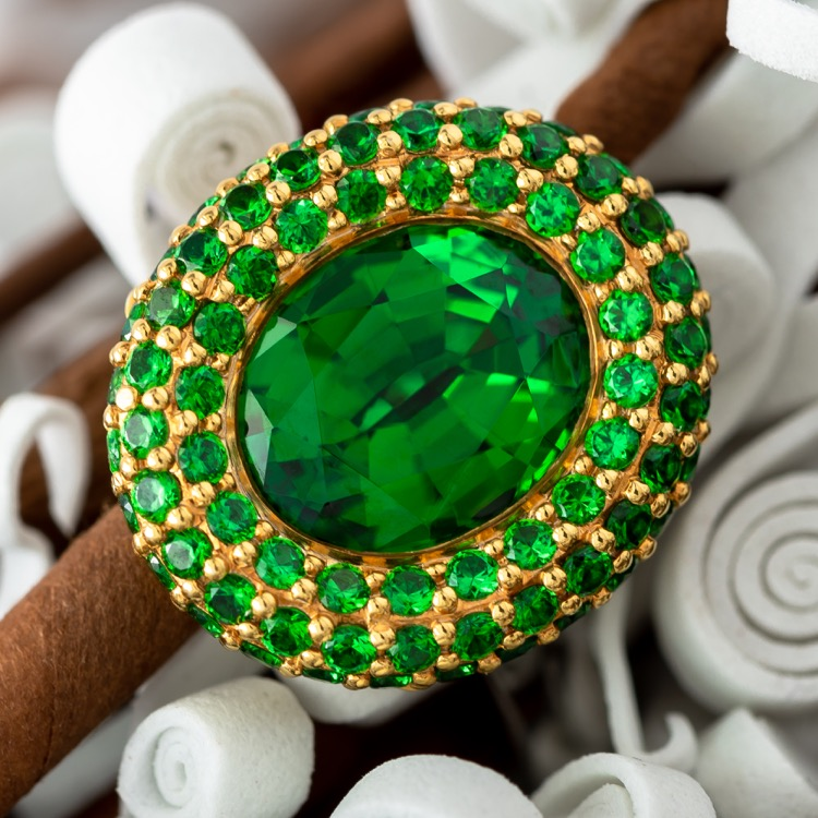 18 Karat White Gold Tsavorite Ring by Orloff
