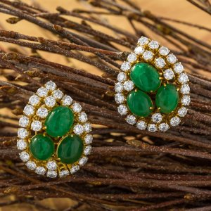 18 Karat Yellow Gold Emerald Diamond Earrings