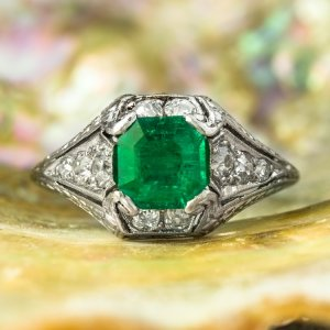 https://www.jsfearnley.com/rings-art-deco-platinum-emerald-diamond-ring-5920.html
